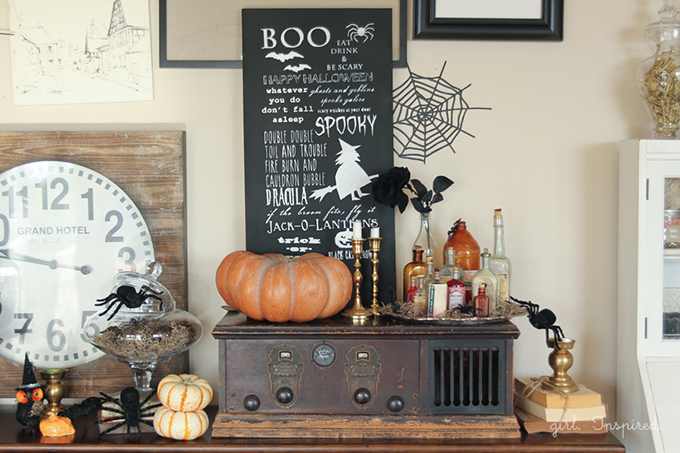 Halloween-Chalkboard-Sign-6